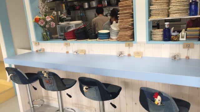 87cafe店内カウンター
