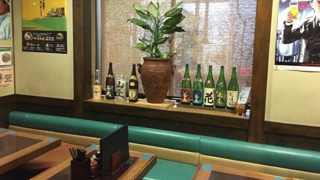 喜多方ラーメン蔵まゆみ田店奥のテーブル席